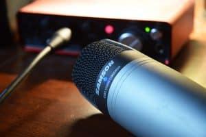 condenser mic vs dynamic mic differences. Black Bedroom Furniture Sets. Home Design Ideas