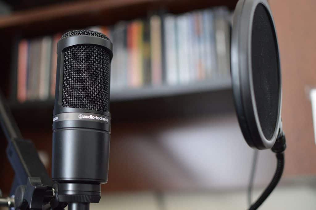 audio technica at2020 condenser microphone review home studio basics. Black Bedroom Furniture Sets. Home Design Ideas