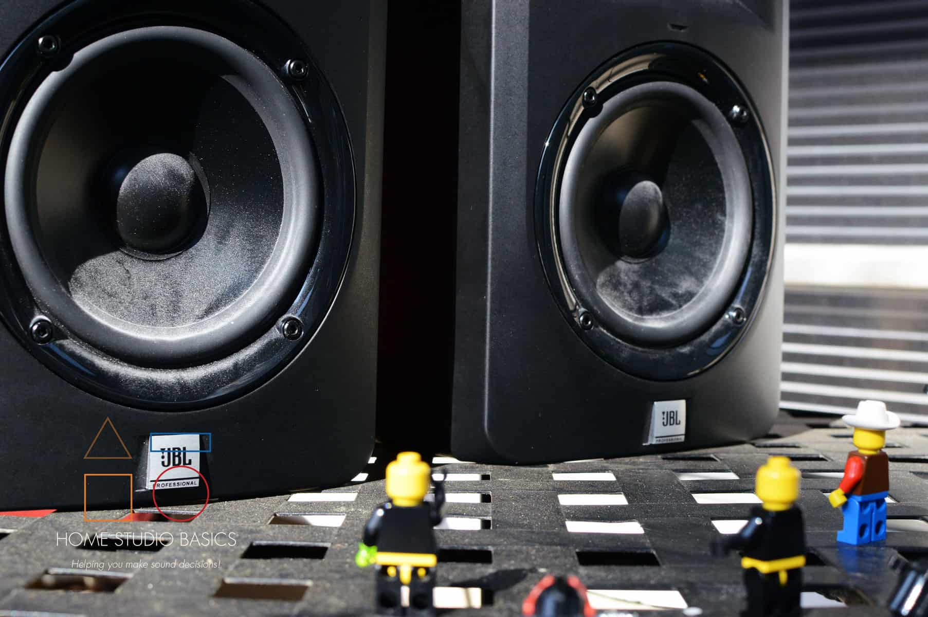 JBL LSR 305 Studio Monitors