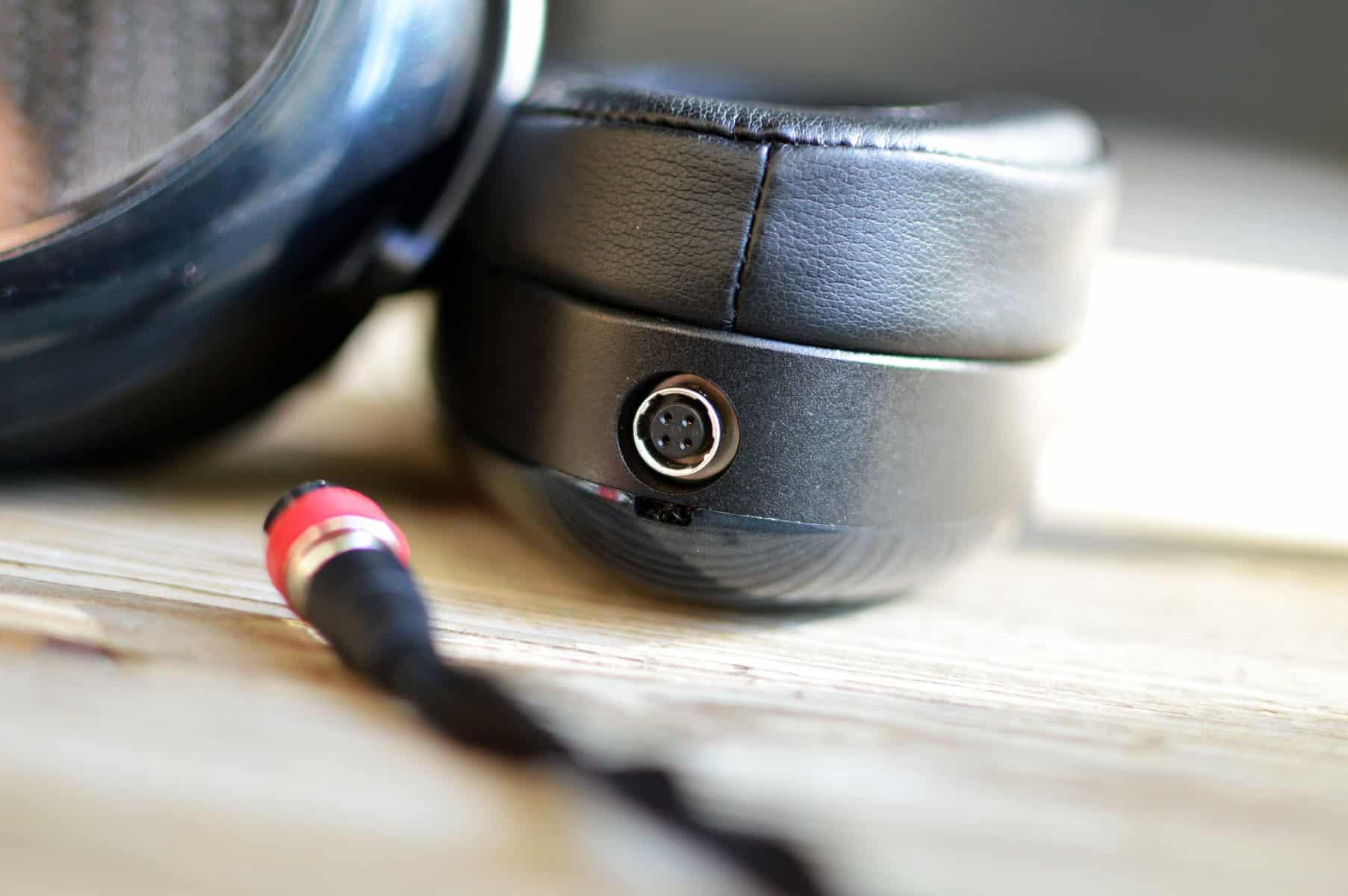 Dan Clark Audio Aeon Flow Closed Review